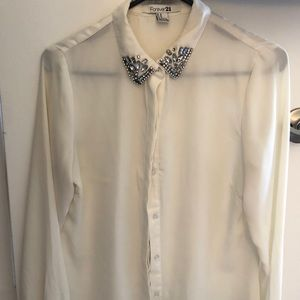 🌸 2 for 20 Cute rhinestone buttoned shirt